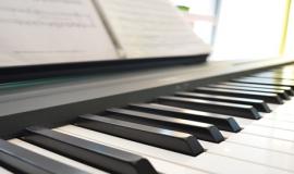 Sử dụng đàn dương cầm cho thuê cần lưu ý gì?
