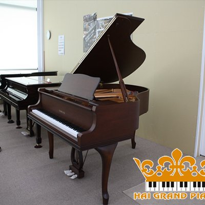 Grand Piano Yamaha C2