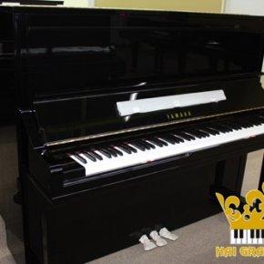 PIANO YAMAHA YU3